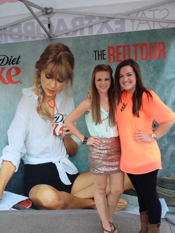we FINALLY saw T-Swift!! Epic... want to go again.